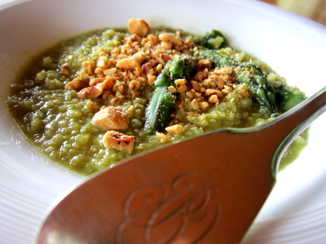 Quinoa con asparagi. Quasi un risotto 'all'onda'