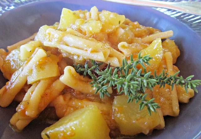 Pasta e patate, un meraviglioso esempio di cucina di recupero
