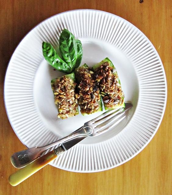 Zucchine ripiene di zucchine, superfacili e davvero gustose