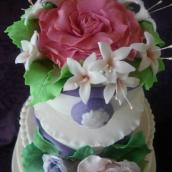 Torta cascata di fiori in pasta di zucchero