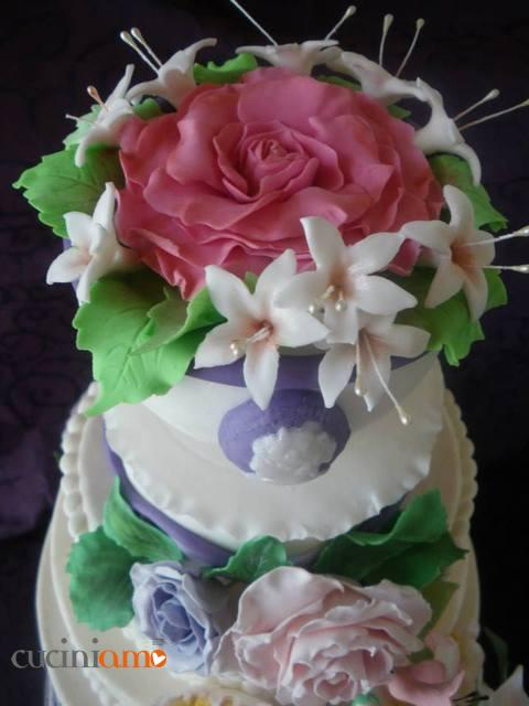 torta_cascata_fiori