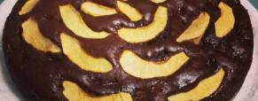 Torta di mele, yogurt e cioccolato