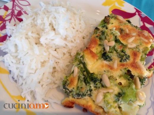 Clafoutis ai broccoli e pinoli