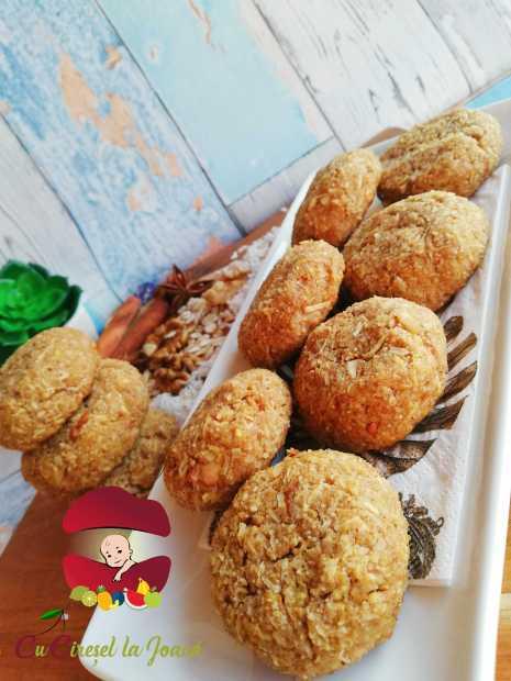 Biscuiți cu cocos și măr