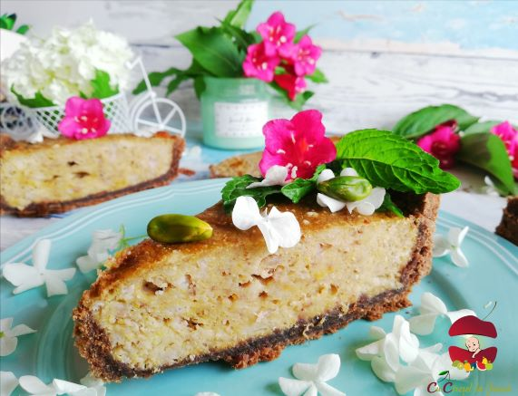 tarta cu crema de banane, cocos si fistic
