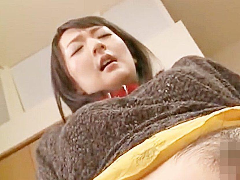 ★近親相姦|二階堂ゆり★『あっあっ、あッあぁぁーッ..♡』食卓で電動歯ブラシの次は太いバイブ責めされる色白美熟女ママです