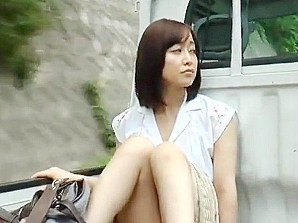 ☆エロドラマ・出戻り娘 FAプロ・篠田ゆう☆旦那を亡くし実家に帰ってきた色白美人。。女っ気がない田舎暮らしは危険なんです
