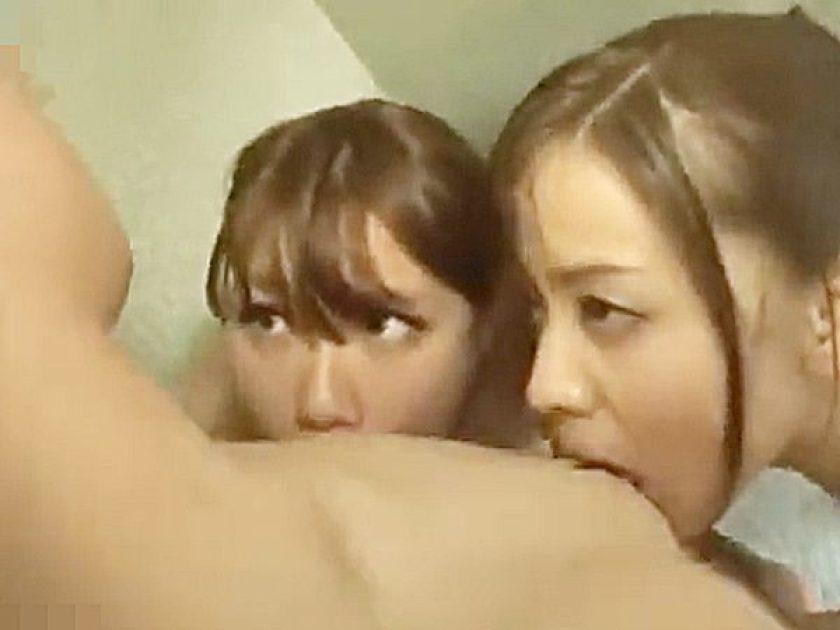 ★痴女|3pセックス・風呂★『ねぇ~、もっと挿入れて~♡』発情した2人の巨乳ビッチにザーメン搾り取られるチンポです..