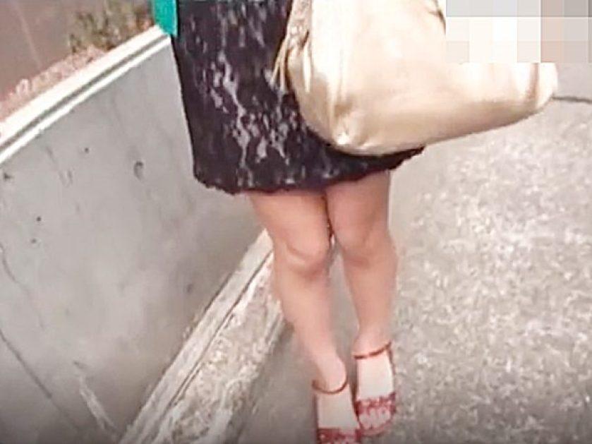 ◆人妻ナンパ◆『生足・サンダルですねぇ~』パンスト試作品のモニターを頼まれるスレンダー若妻さん!?連れ込みパコパコや~