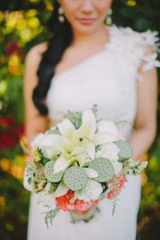 Rustic Bouquet for Cheeky's Seaside Wedding // photo by Marlon Capuyan Photography