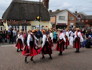 Mr Wilkins' Shilling Clog Dancers at the White Horse in 2012