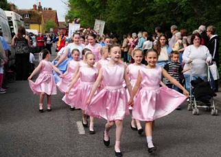 New Forest School of Dance at the Procession
