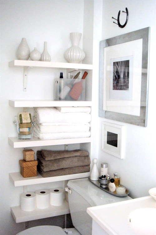bathroom organization: shelving