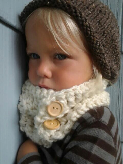 Sweet Kiddo Co. cowl