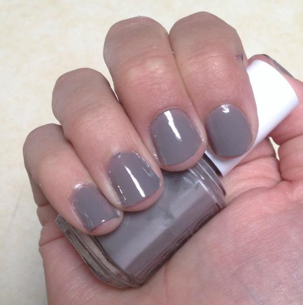 DIY manicure with glue