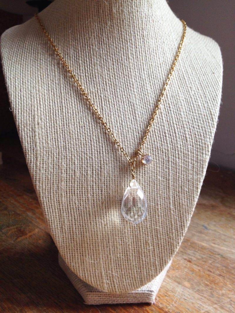 Jennifer Garry Designs: gold necklace on vintage chain with large faceted pendant