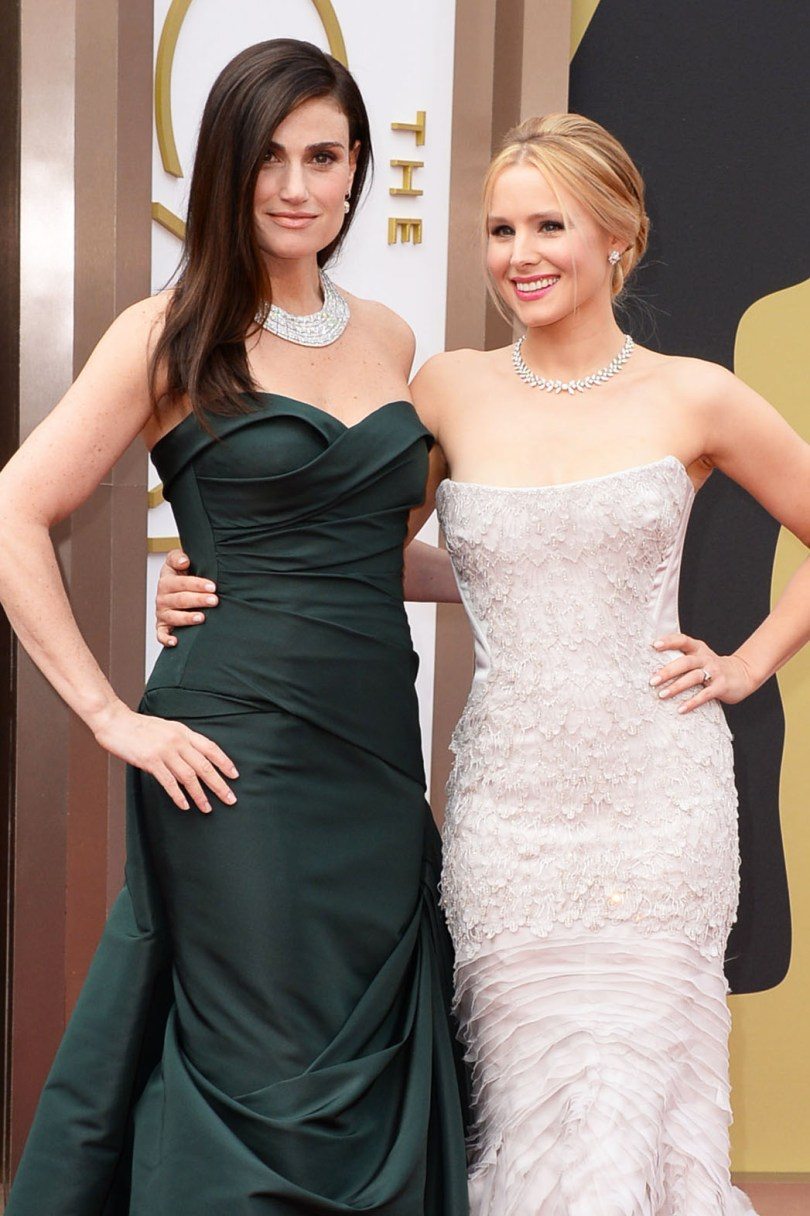 Hot Mom Oscars 2014 fashion: Idina Menzel and Kristen Bell