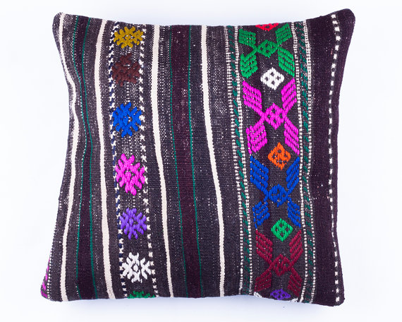vintage finds: Turkish Kilim pillow via Boho Trunk