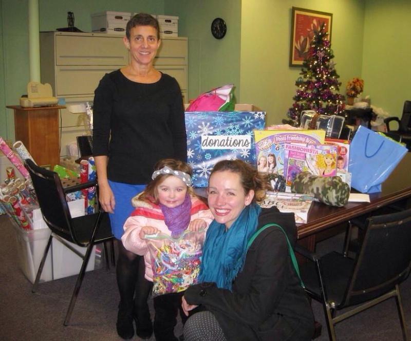 Hope's Door fundraiser | bringing donations