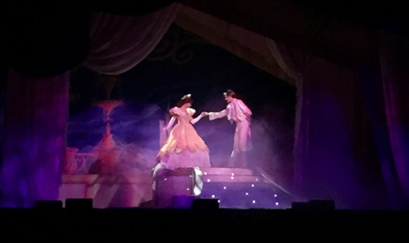 Disney Live! Three Classic Fairy Tales: Beauty and the Beast