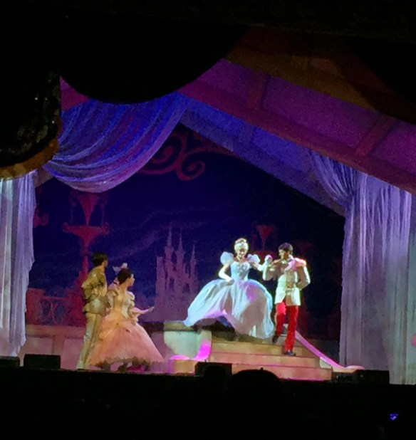Disney Live! Three Classic Fairy Tales: Cinderella