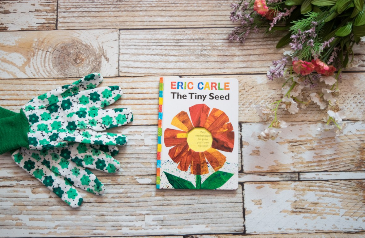 Earth Day books for kids that teach them to love nature and make changes to help the environment - #gogreen #ecofriendly #ecoconscious