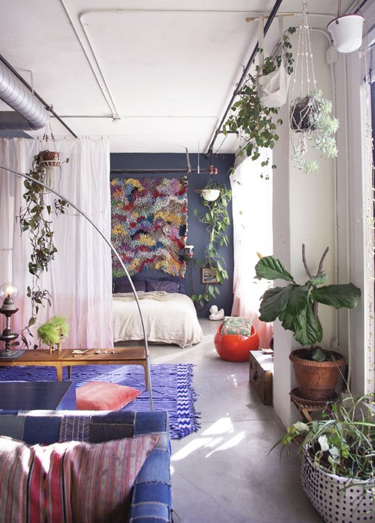 small space via Apartment Therapy