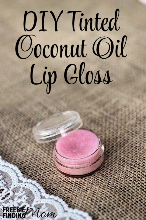 DIY skincare gifts | tinted coconut oil lip gloss