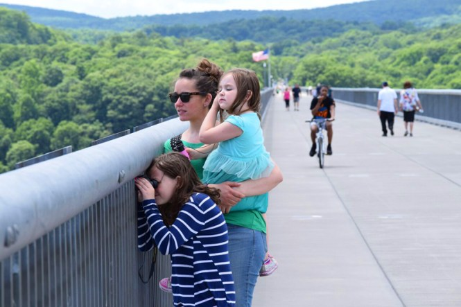family fun in the Hudson Valley Walkway Over the Hudson