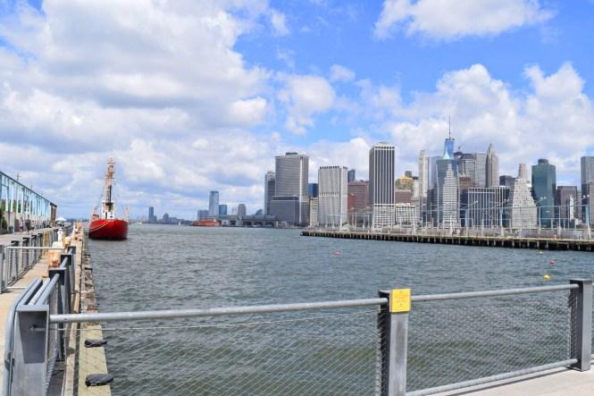Brooklyn Bridge Park   Manhattan skyline