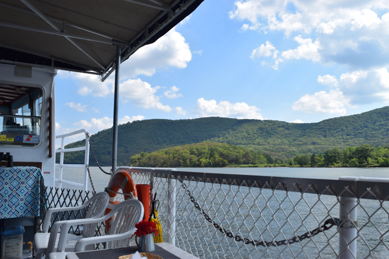 Trinity Cruises - Hudson Valley publc cruises and private charters
