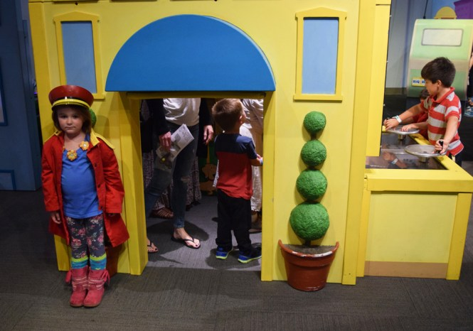 Liberty Science Center | Curious George: Let's Get Curious! apartment building