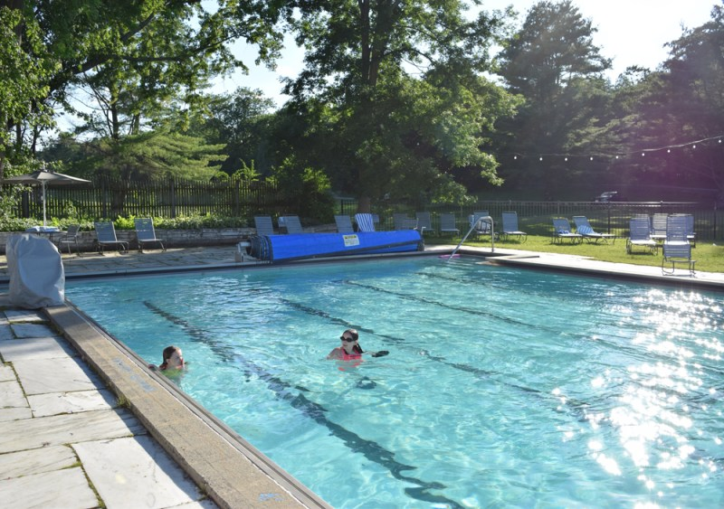 Vermont family vacation at Basin Harbor - the outdoor heated pool was glorious