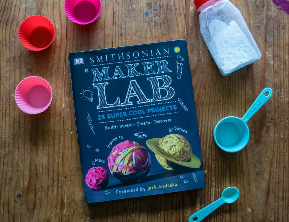 Getting kids excited about science - bath fizzies with DK's Maker Lab by Smithsonian
