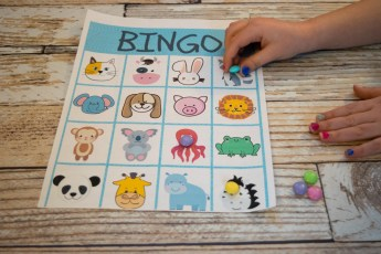 Free Kids Printable Activities bundle - animal BINGO game #kidsfun - indoor activities for kids