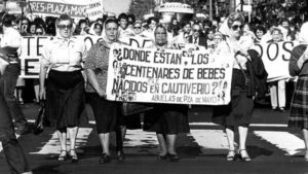 """A march protesting Argentinian """"disappearances"""" in the 1980s received little government support."""