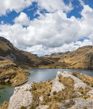 Solo crossing the Cajas