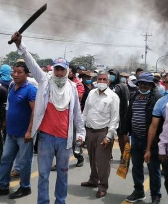 Protests in Quito and Cuenca are peaceful as unions oppose new labor law and fuel policy