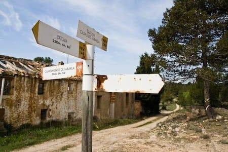 Senderismo por el rio Magro, casas de Tabarla 1