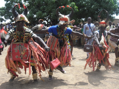 African men dance