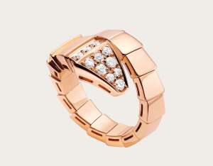 bulgari Serpenti one-coil 18 kt rose gold rings for men, set with pavé diamonds on the head.