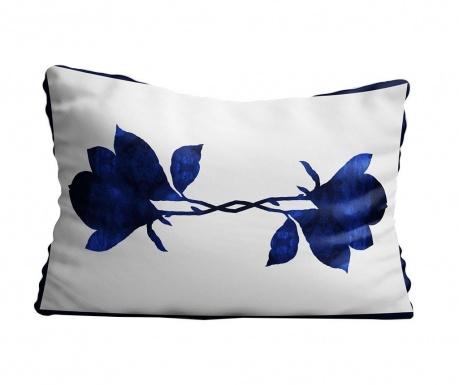 pernă de decor dreptunghiulară albă cu flori albastre cerneală ca de porțelan