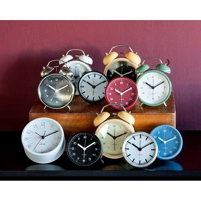 ceas retro cu alarmă