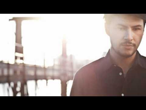 Jamie Woon – Shoulda