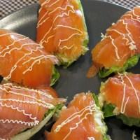 Cabdells d'enciam farcits de tonyina amb salmó fumat