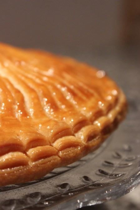 Galette des rois à la crème d'amande, pâte feuilletée maison - Cuisine de Déborah