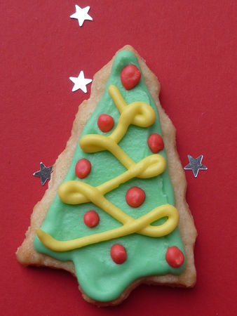 Biscuits de Noël, Sapins décorés - Cuisine de Deborah