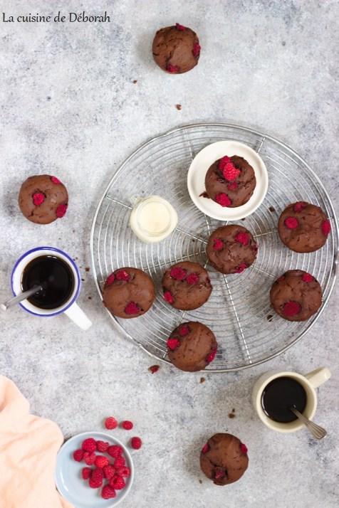 muffins chocolat et framboises      la cuisine de deborah