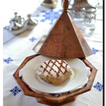 Pastilla au poulet et aux amandes: recette en vidéo
