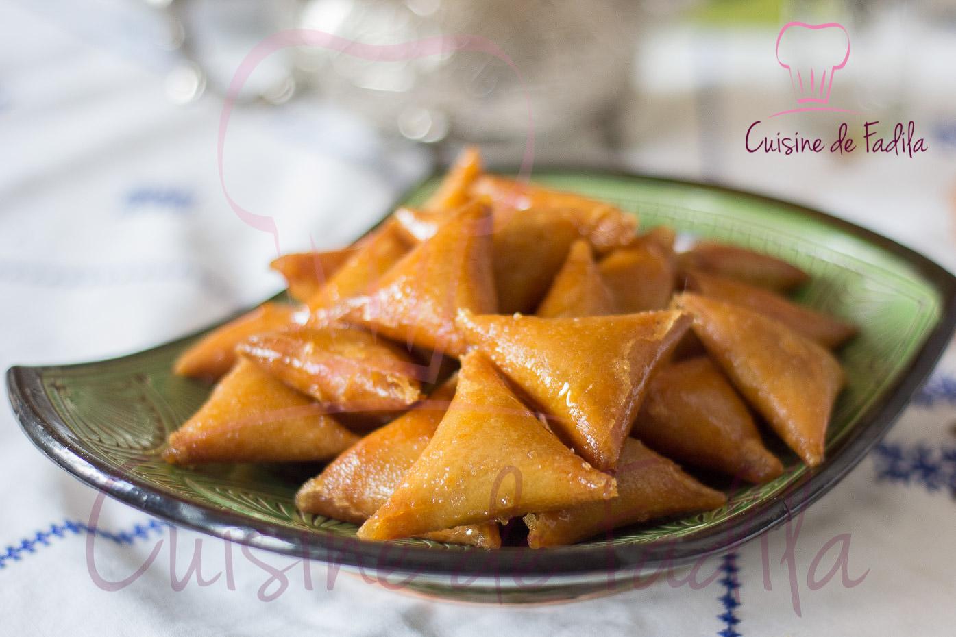 Briwate aux amandes recette en vid o cuisine de fadila for Video de cuisine youtube